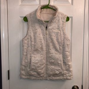 The north face furry reversible quilt vest
